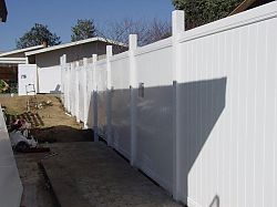san-fernando-valley-vinyl-fences